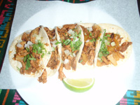 Delicious tacos for dinner at El Trompo
